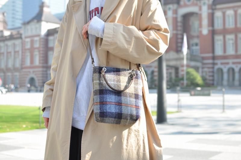 【カジュアルな服にも似合う新作etoffeポシェット】